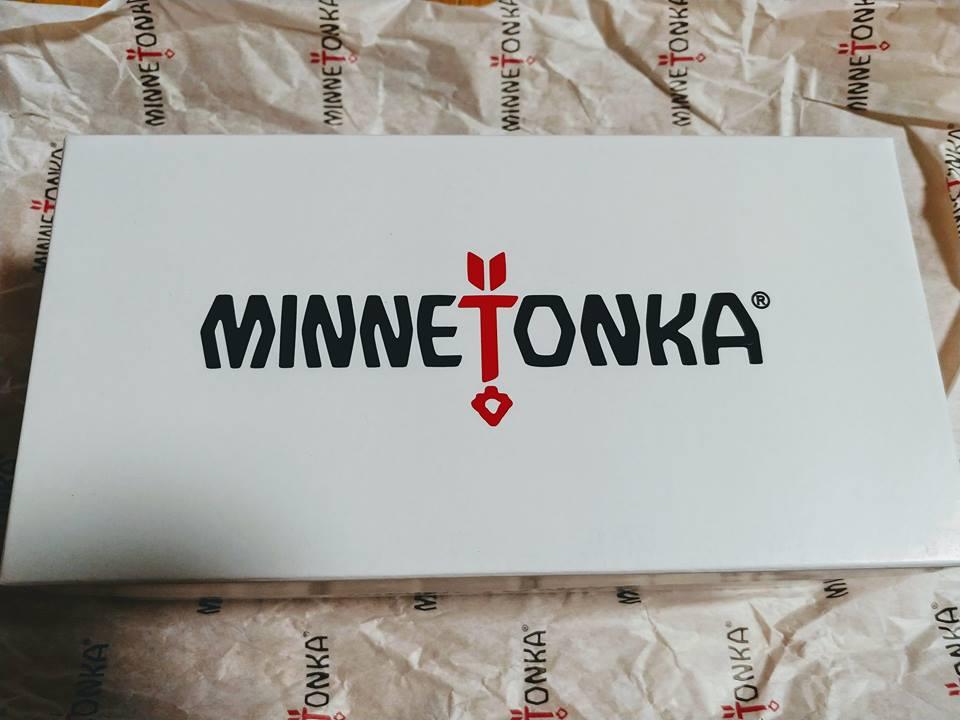 BONNEでミネトンカのサンダルとtowerのラップホルダを注文した話。