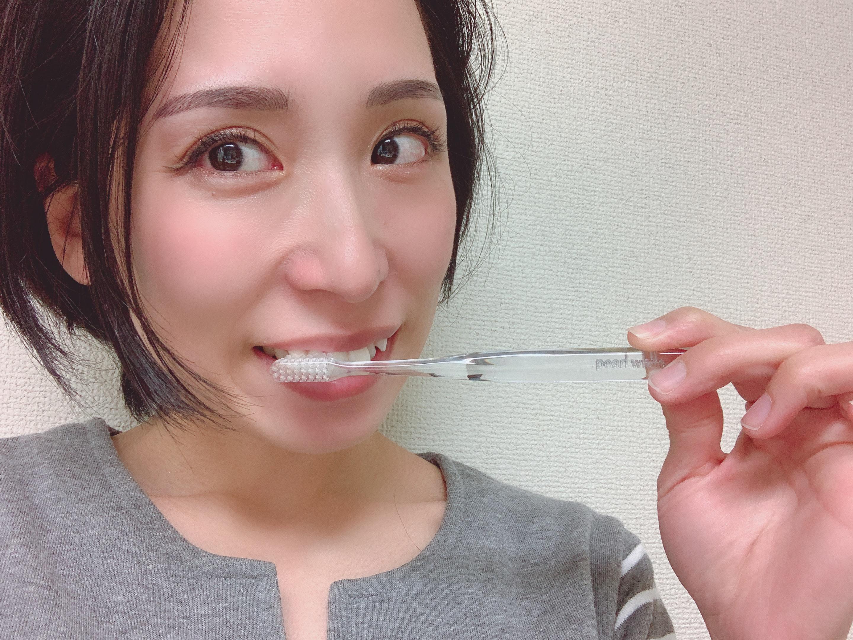 歯の着色汚れを1番簡単に落とす方法はこれ。